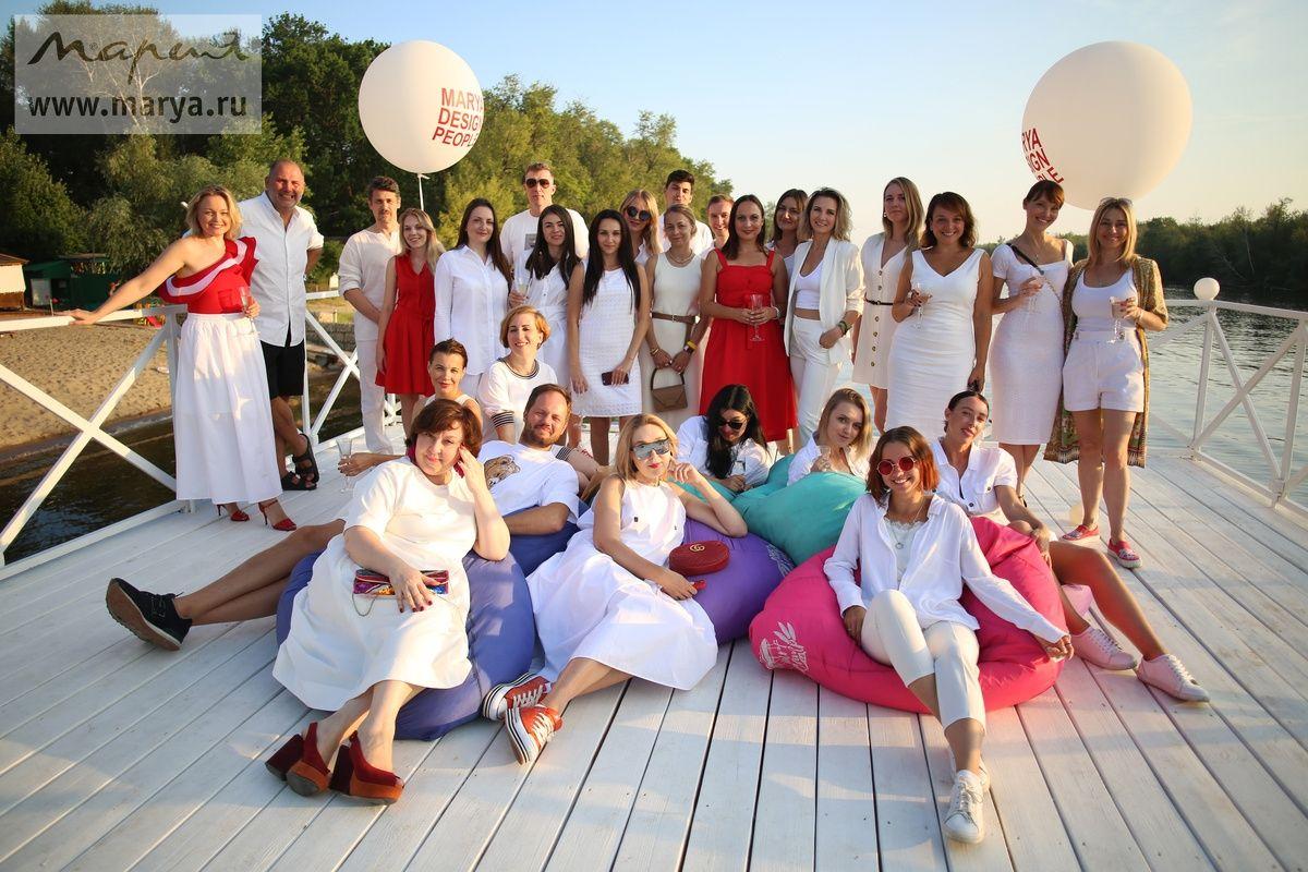 Звезды российского дизайна побывали на мебельной фабрике «Мария» в Саратове